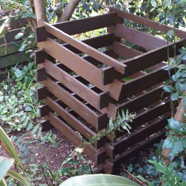 Thorndown-Blackthorn-compost-heap