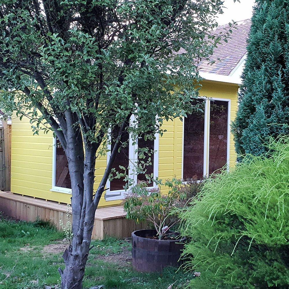 Thorndown-Golden-Somer-Swan-White-Summerhouse