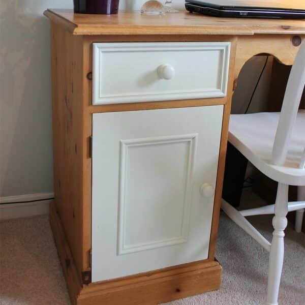 Thorndown-Green-Hairstreak-desk-door