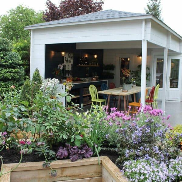 Thorndown-Greymond-and-Bishop-Blue-Wood-Paint-on-summerhouse-Love-Your-Garden-Oxford