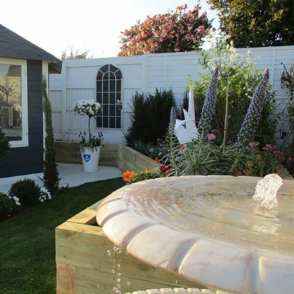 Thorndown-Greymond-wood-paint-on-fence