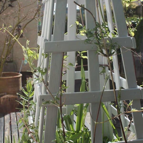 Thorndown-Zinc-Grey-Wood-Paint-on-obelisk