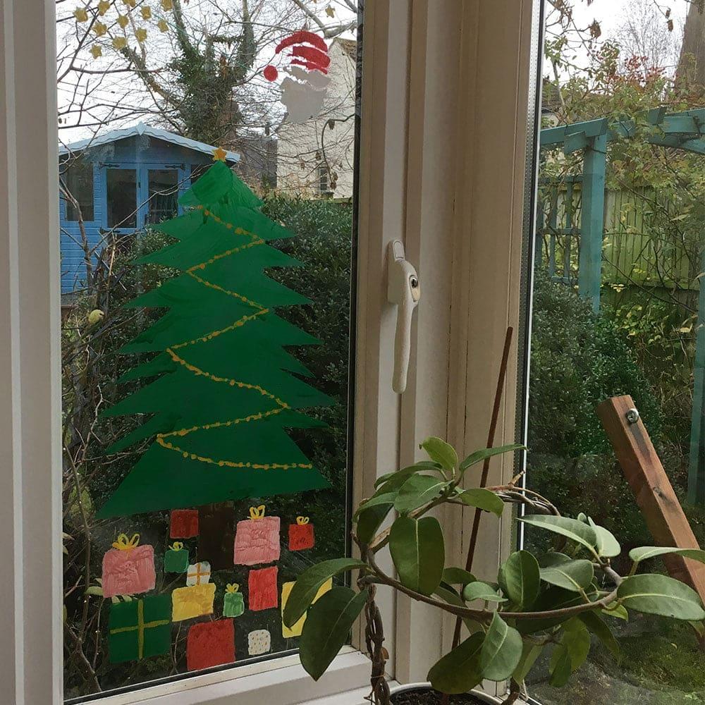 TD-Peelable-Glass-Paint-Christmas-Tree-window