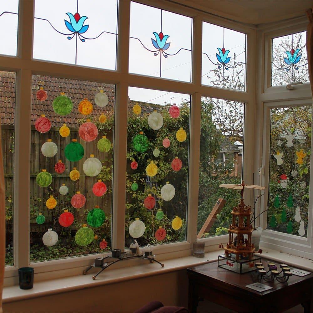 TD-Peelable-Glass-Paint-Christmas-Windows-dusk