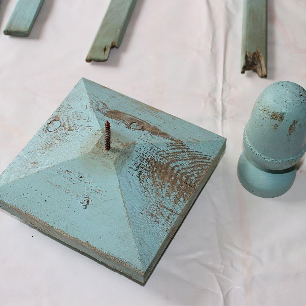 Old-obelisk-top