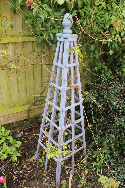 Old-purple-obelisk