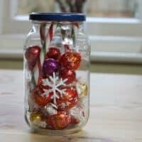 Thorndown-Peelable-Glass-Paint-snowflake-chocolate-jar