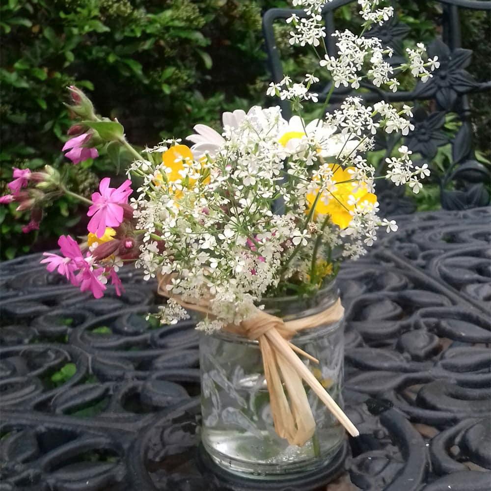 Thorndown-Peelable-Glass-Paint-stencil-jam-jar-vase