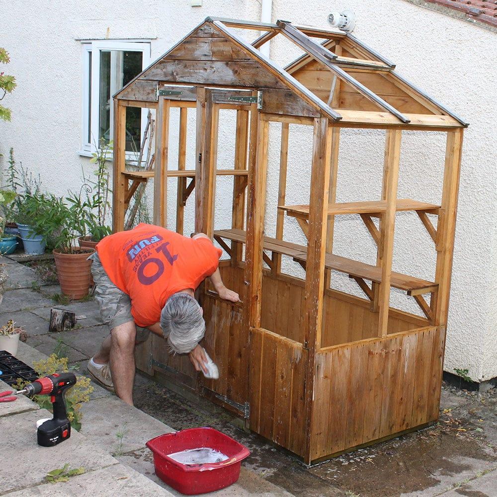 washing-greenhouse