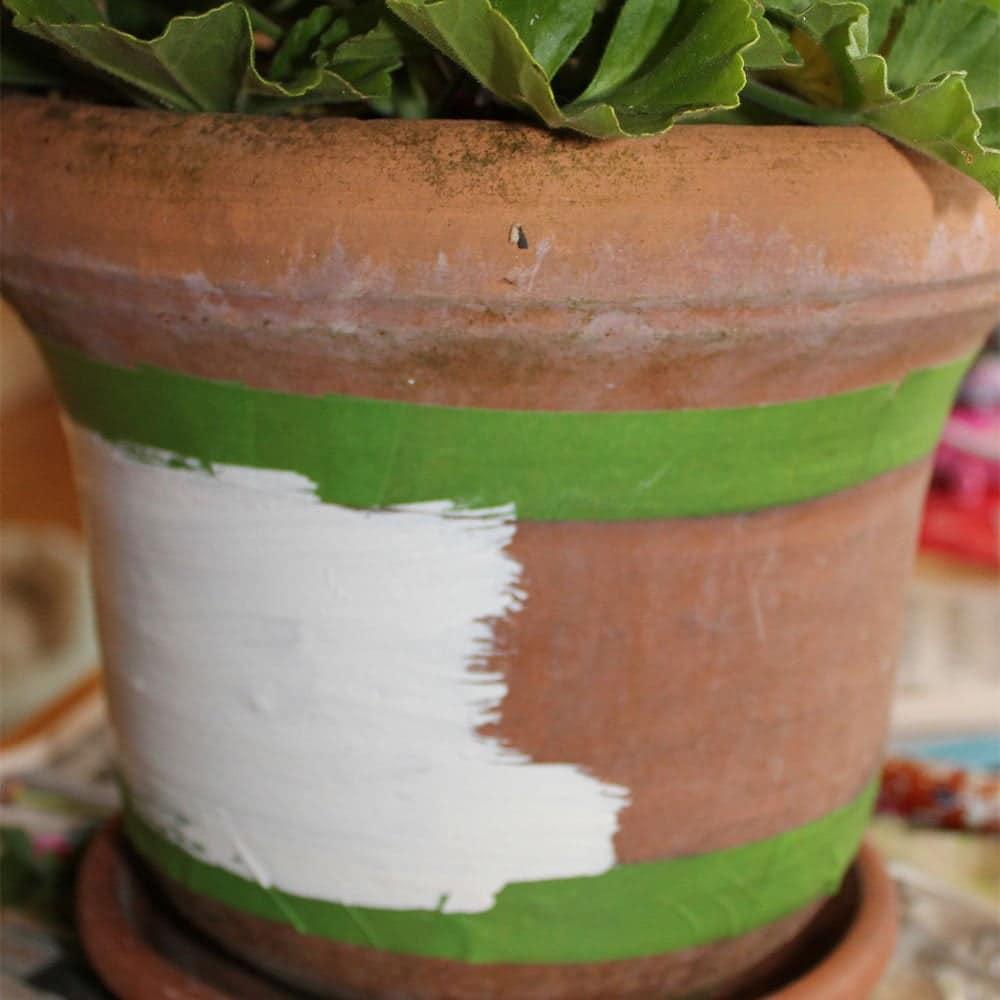 Painting-Chantry-Cream-Wood-Paint-on-terracotta-pot