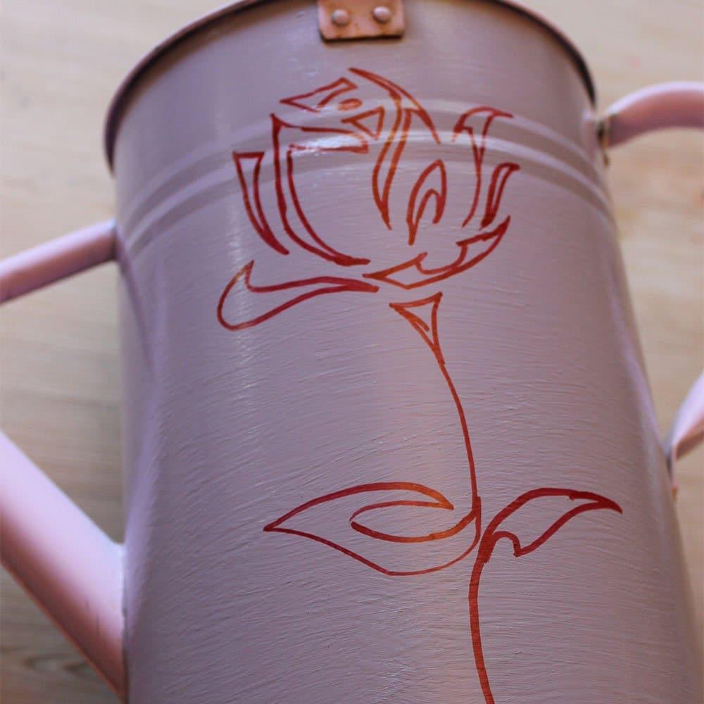 Pen-outline-of-stencil-rose