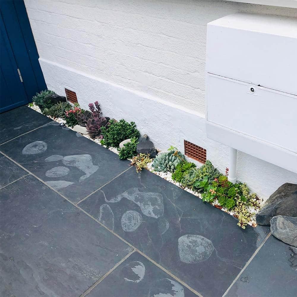 Slate-tiles