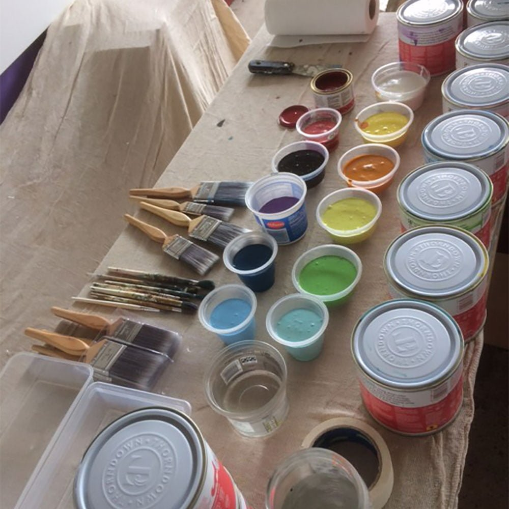 getting-ready-to-mix-Thorndown-wood-paints