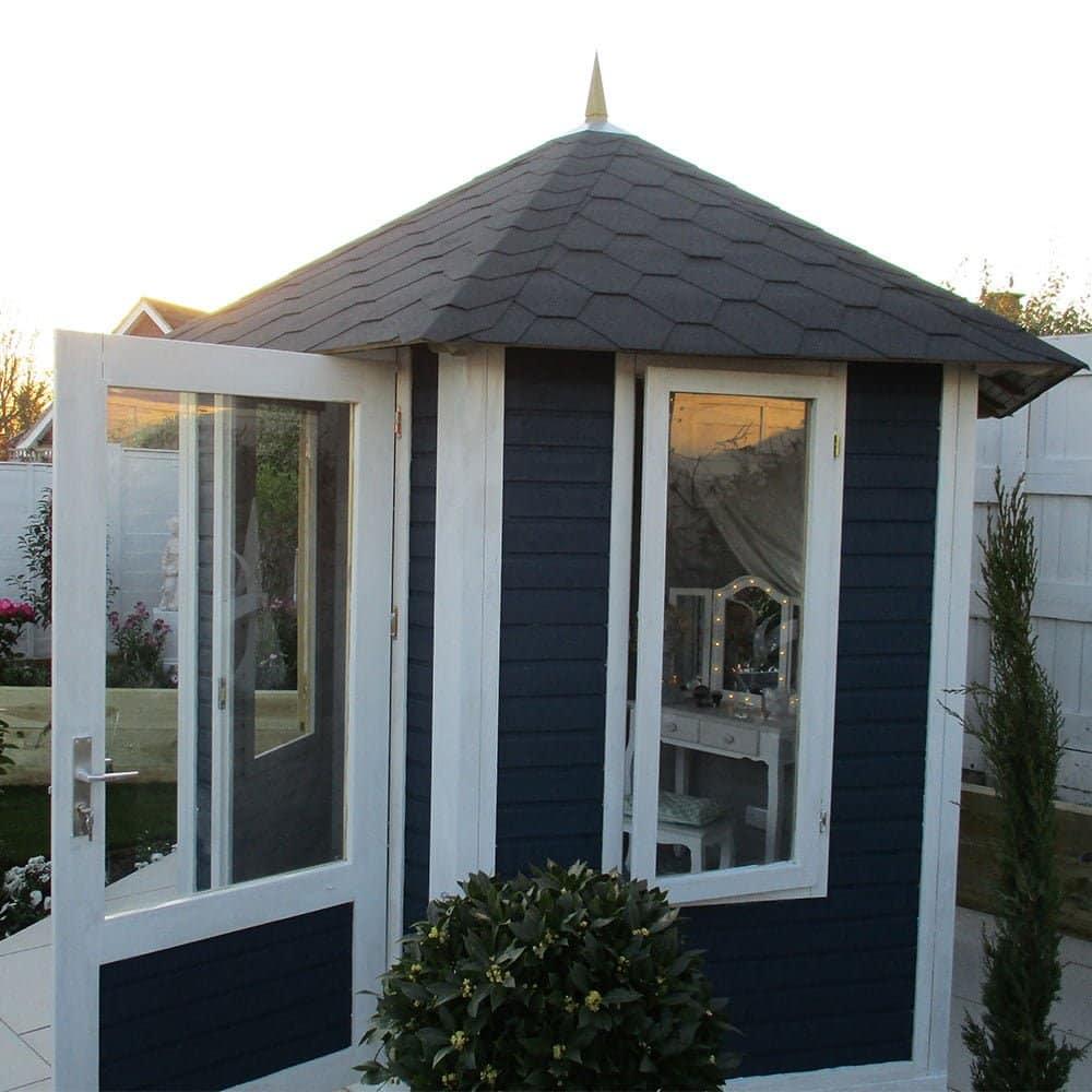 Thorndown-Greymond-and-Bishop-Blue-Wood-Paint-LYG-2018Bettyep1
