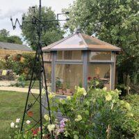Thorndown-Dormouse-Grey-and-Bath-Cream-wood-paint-LYG18-Ep7