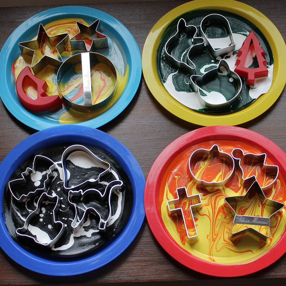 Cookie-cutter-shapes-drying in Peelable Glass Paint