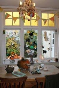 Thorndown-Halloween-window