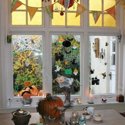 Thorndown Peelable-Glass-Paint-Halloween-windows