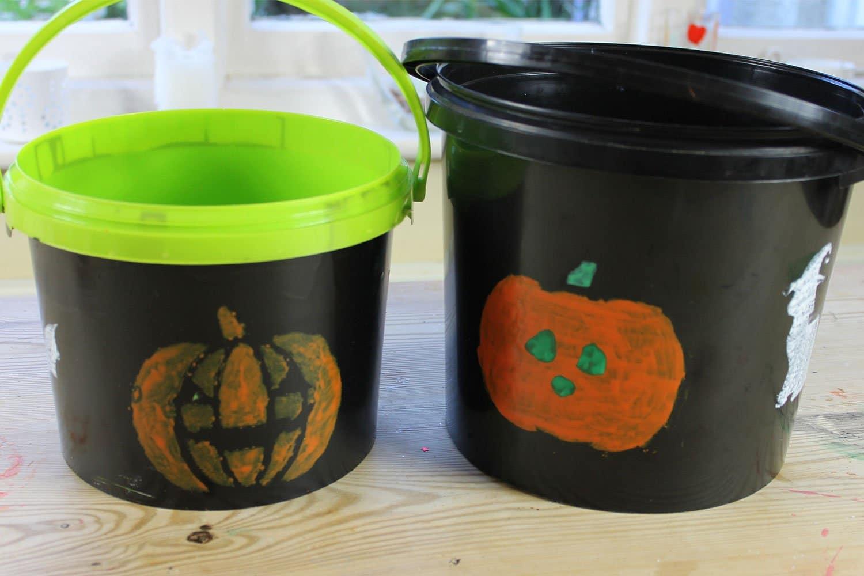 Trick-or-Treat-plastic-buckets-Peelable-Glass-Paint-Ogre-Orange-pumpkins