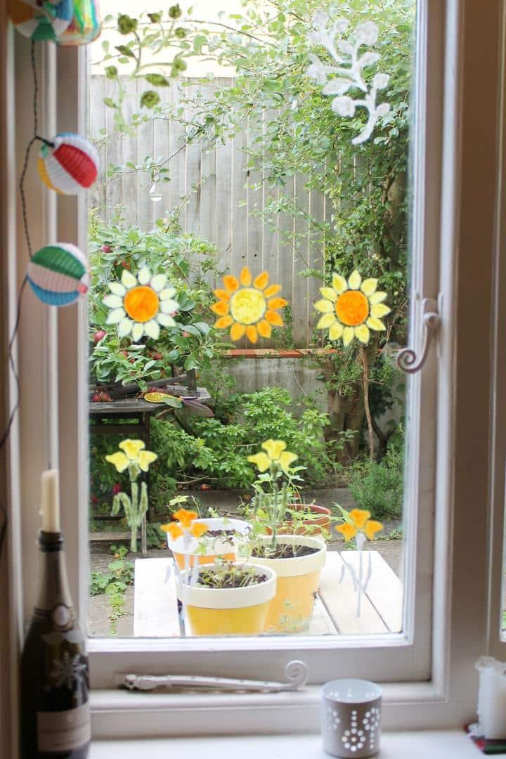Golden-Floral-Stencil-window