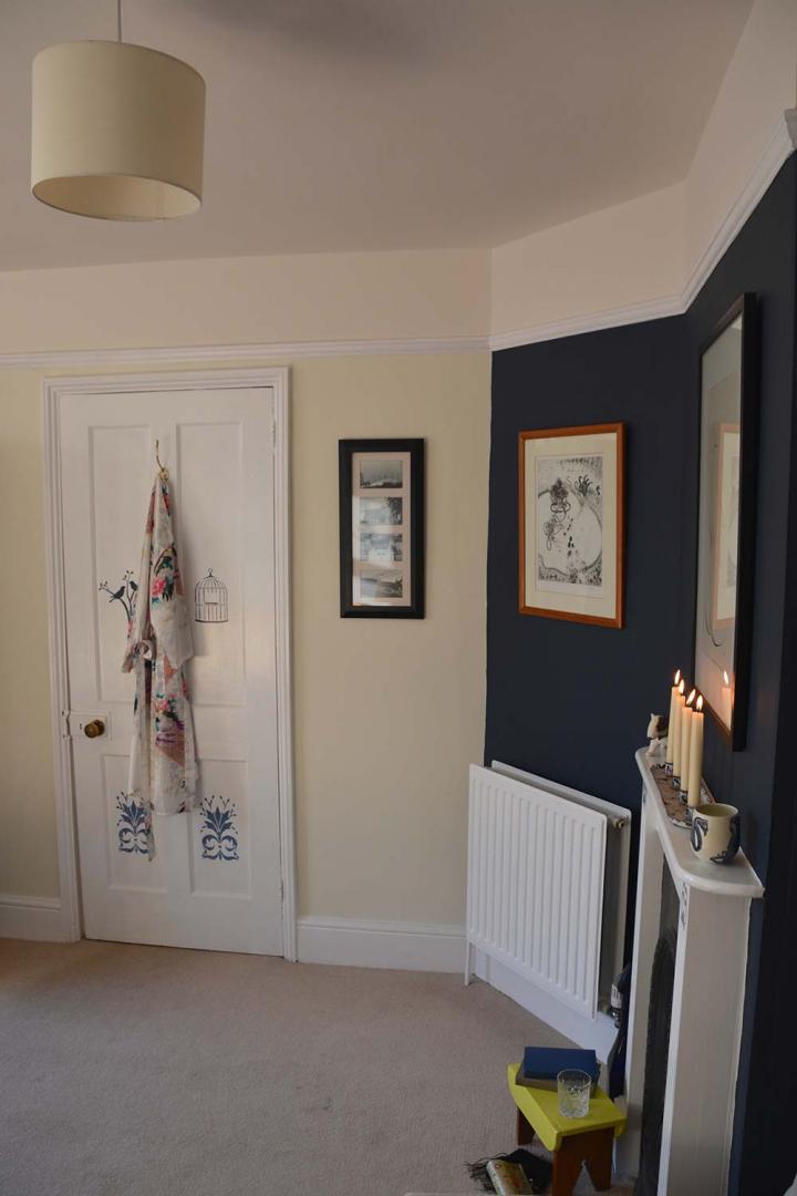 Thorndown-Swan-White-wood-paint-bedroom-door
