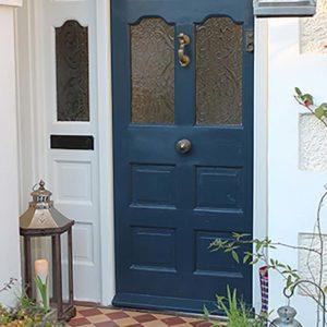 Thorndown-Wood-Paint-Bishop-Blue-and-Limestone
