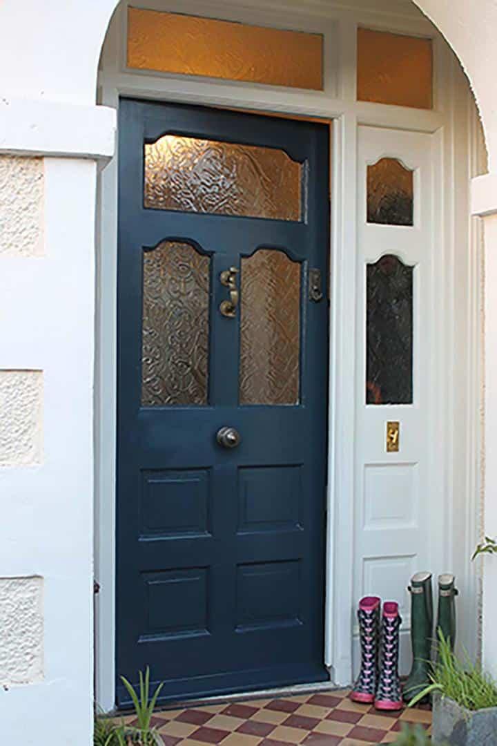 Thorndown-Wood-Paint-Bishop-Blue-front-door-and-Limsetone