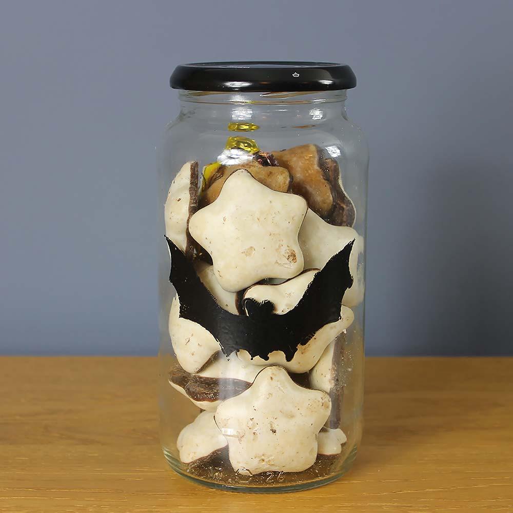 Thorndown-Halloween-Bat-jar
