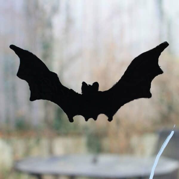 Thorndown-Peelable-Glass-Paint-Bat-Black-Halloween-stencil