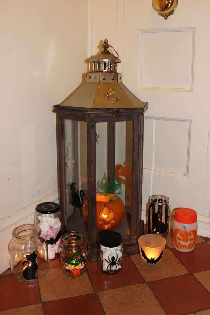 Thorndown-Peelable-Glass-Paint-Halloween-makes