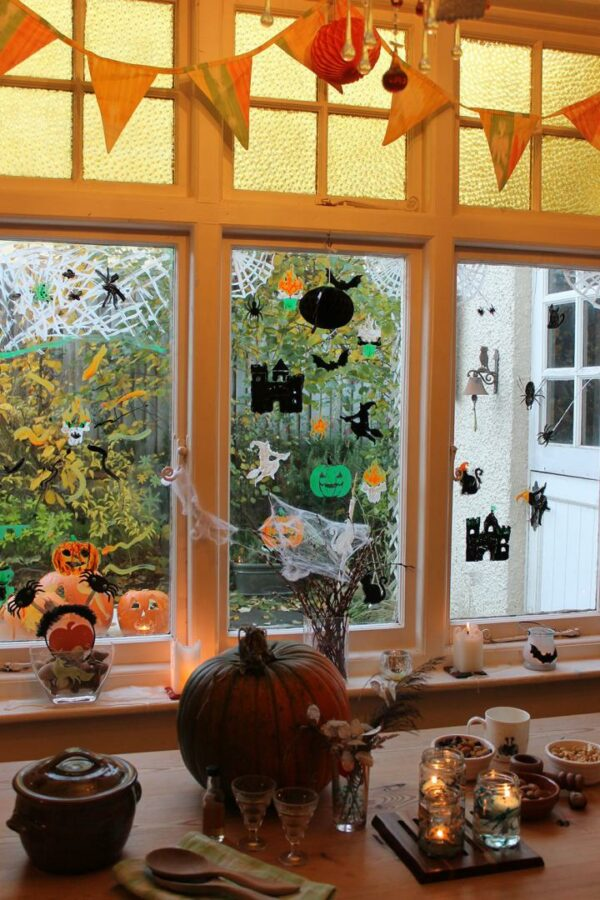 Thorndown-Peelable-Glass-Paint-Halloween-stencils-windows