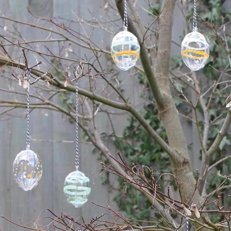 Thorndown-Peelable-Glass-Paint-striped-Easter-Eggs