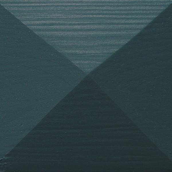 Thorndown-Avalon-Blue-Wood-Paint-painted-pyramid