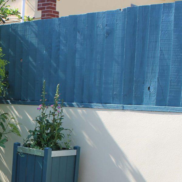 Thorndown-Brue-Blue-1-coat-on-fence