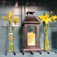 Thorndown-Easter-stencils-daffodils-and-cross-lantern