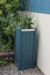 Thorndown-Avalon-Blue-Wood-Paint-on-Forest-Slender-Planter